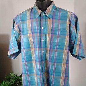 Men short sleeve polos shirt. Size XXL